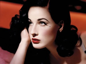 dita-von-teese-make-up-look